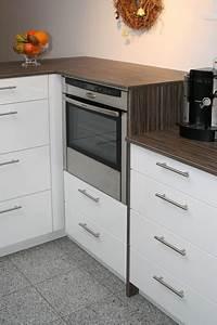 Küche Mit Backofen Oben : k che tischlerei ~ Bigdaddyawards.com Haus und Dekorationen