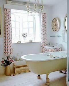 Rideau Fenetre Salle De Bain : salle de bain comment choisir le bon habillage de ~ Melissatoandfro.com Idées de Décoration