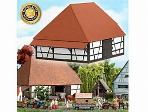 Holz Scheune Bausatz : busch 1502 scheune zum bauernhaus aus echt holz fachwerk bausatz h0 1 87 ~ Whattoseeinmadrid.com Haus und Dekorationen