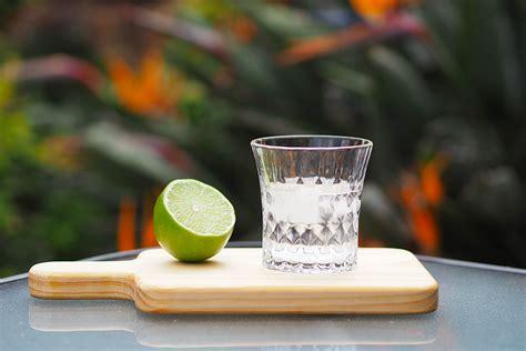 ti punch recipe  drink  martinique cocktails bars