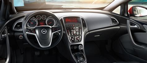 opel astra gtc interieur opel astra gtc gallery interior views opel cyprus