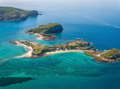 you can hire this whole island in queensland for you 33