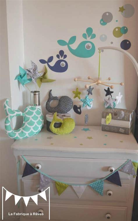 liste chambre bébé décoration chambre enfant bébé garçon vert anis turquoise