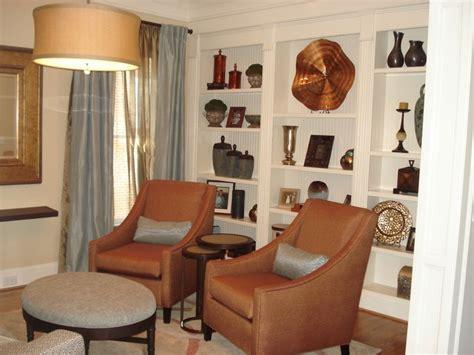 Living Room/Study Area