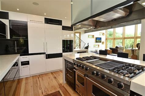 kitchen island with range top do you choose a professional range or wall oven and cooktop 8263