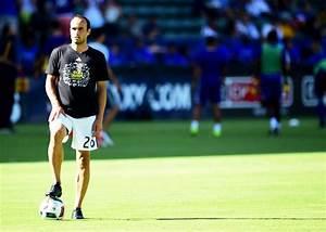 Football Briefs Donovan Considering Running For Us Soccer