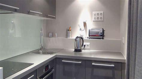 cuisine ouverte 5m2 awesome refaire une cuisine de m avec philippe