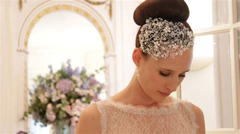Wedding Accessories For Bride : How To Choose Your Wedding Accessories & Headdress