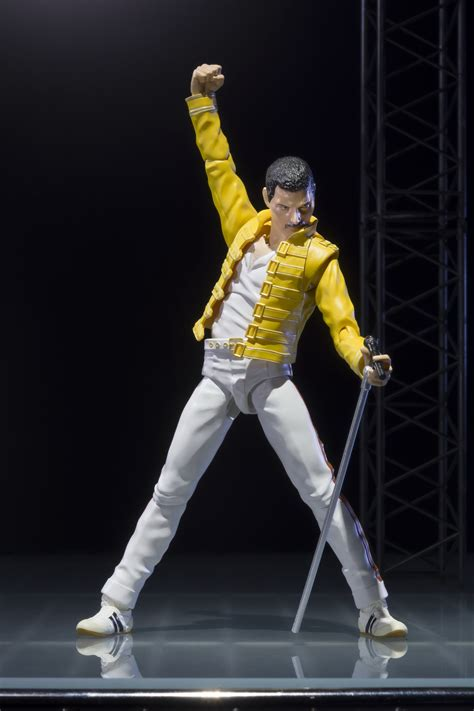 Freddie Mercury by S Freddie Mercury Sh Figuarts The Toyark News