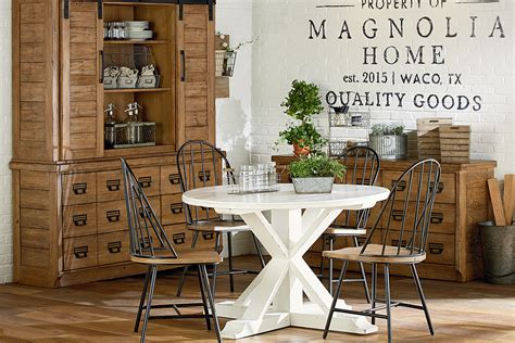 farmhouse style round dining table round white dining room table peenmedia com