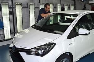 Toyota Yaris Hybride France : toyota franchit le cap des 200 000 yaris hybrides produites en france ~ Gottalentnigeria.com Avis de Voitures