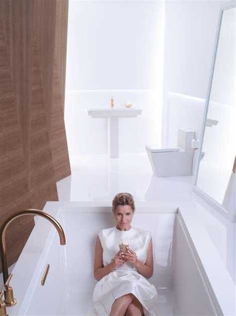 6 bath tub underscore