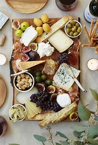 Cheese Plates Fit for Thanksgiving - sonoma figbits