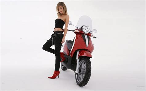 Piaggio Beverly Backgrounds by Beverly Tourer Piaggio Bike 90031