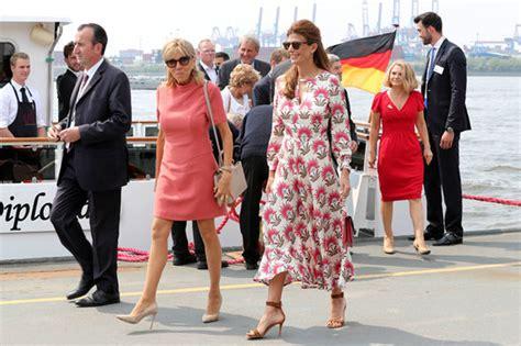Melania Trump vs Brigitte Macron, Who looked better? - YouTube