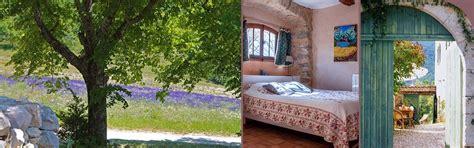 chambres d hotes drome proven軋le chambres d 39 hôtes près de buis les baronnies en drôme provençale la honas