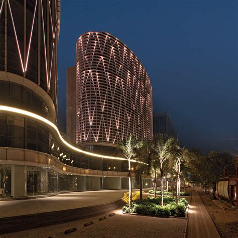 Mondeal-Square-in-Ahmedabad-by-Blocher-Blocher-India-07