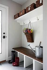 Meuble Entree Blanc : comment sauver d 39 espace avec les meubles gain de place ~ Teatrodelosmanantiales.com Idées de Décoration