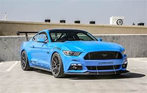 Michael Chen's S550 Ford Mustang GT on Forgeline One Piece Forged Monoblock GA1R Open Lug Wheels