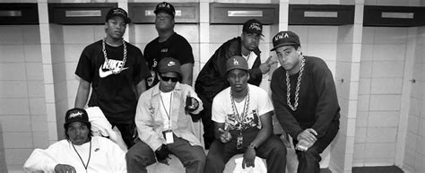 First Look At Ice Cube, Eazy-e, Dr. Dre In #nwa Biopic