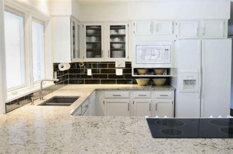 installer evier cuisine installer un évier de cuisine