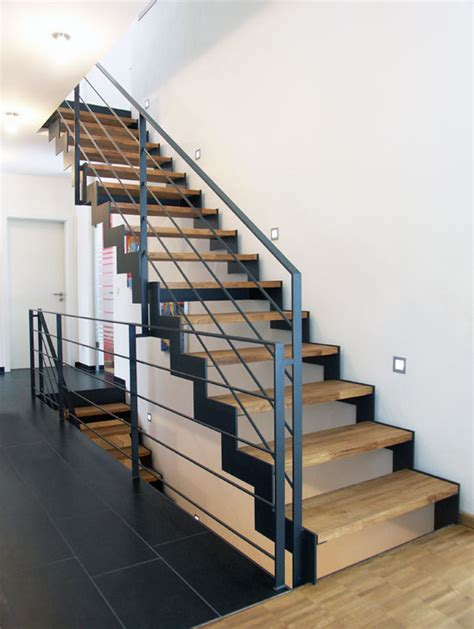 Bei Aussentreppen Auf Material Und Konstruktion Achten by Pin M Auf Treppe In 2019 Treppe Treppe Haus Und