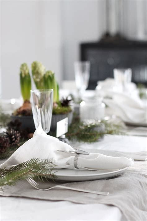 turquoise tablecloth 5 table setting ideas in different styles