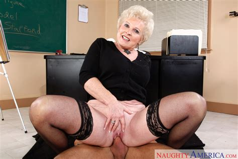 Mrs. Jewell & Alan Stafford in My First Sex Teacher - Naughty America HD Porn Videos