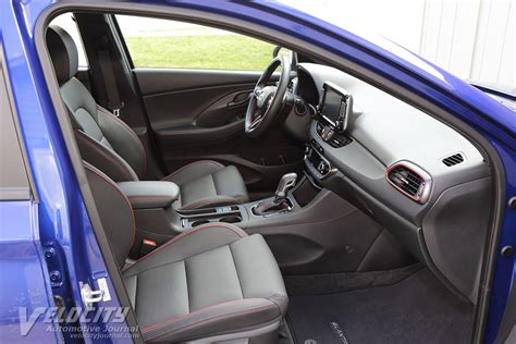 Price details, trims, and specs overview, interior features, exterior design, mpg and mileage capacity, dimensions. 2019 Hyundai Elantra GT