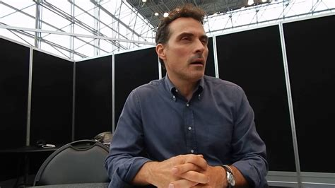 Rufus Sewell Talks The Man In The High Castle @ Nycc '16