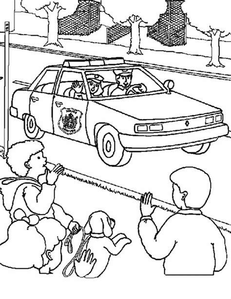 Kleurplaat Nederlandse Politieauto by Kleuren Nu Kinderen Zwaaien Naar Politie Kleurplaten