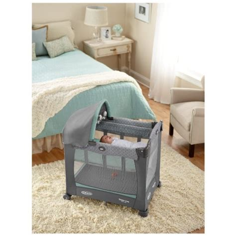 travel lite crib graco travel lite crib with stages review 2016