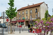 Inn in Torcy, France jigsaw puzzle in Street View puzzles ...
