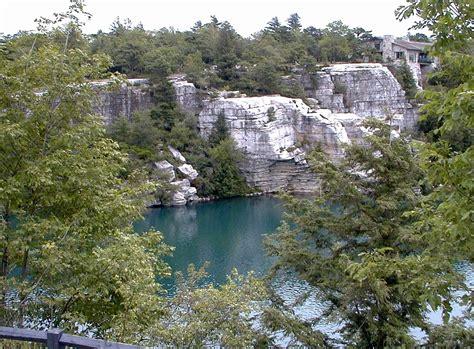 File:Lake Minnewaska Minnewaska State Park Preserve.jpg ...