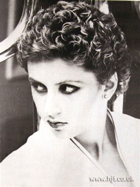 curly bob haircut 822 best images about permed teased on 1979