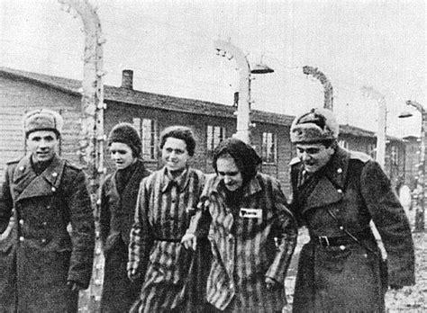 uniforme femme de chambre auschwitz birkenau c liberated on january 27 1945