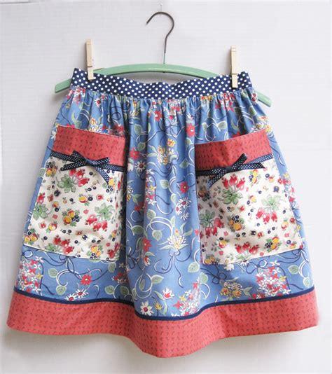 what is an apron big pocket aprons vintage clover chintz and floral
