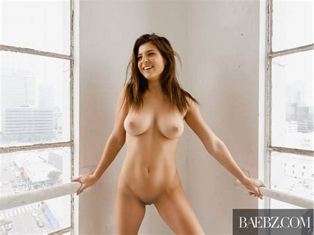 #Leah #Gotti #Is #A #Complete #Babe #Porn #Photo