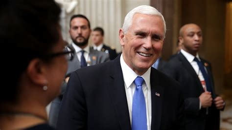pence mike 2024 presidential vp run president trump vice taylor candidate endorse university running capitol chip declines prez give biden