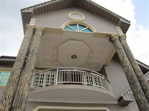 House Exterior Balcony Designs Pictures
