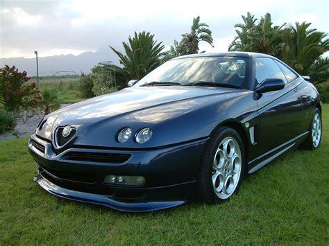 2002 Alfa Romeo Gtv Photos, Informations, Articles