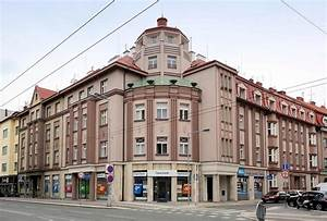 Art Deco Architektur : 199 5509 wohnblock eckhaus art deco architektur in hrad flickr ~ One.caynefoto.club Haus und Dekorationen