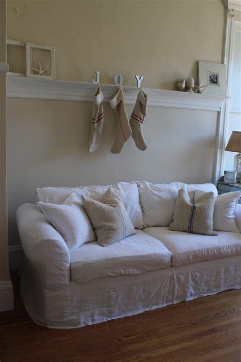 shabby chic slipcovered sofas shabby chic slipcovered sofa cottage furniture slipcovered sofas american country thesofa