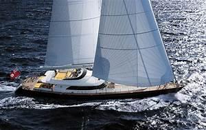 Churchill Yachts Helios Churchill Yachts