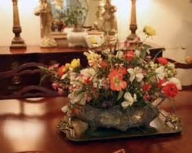 Country Dining Room Table Centerpiece Ideas