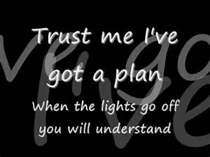 Pain - Three Days Grace [Lyrics] - YouTube