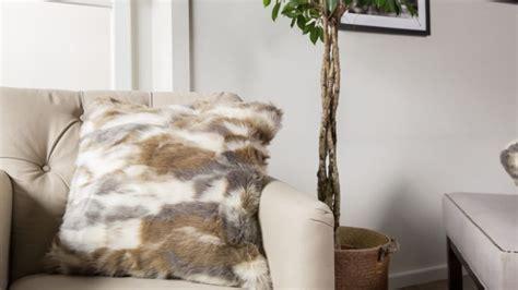 recouvrir des coussins de canapé housse de coussin 60x60 ventes privées westwing
