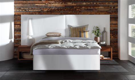Bett Mit Wandpaneel by Wasserbett In Boxspring Optik Mit Avipa Xl Wandpaneel