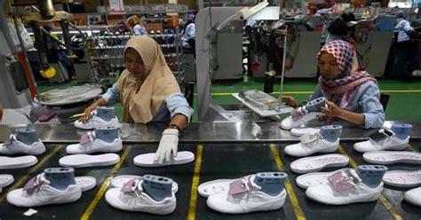4,153 likes · 107 talking about this. Lowongan Kerja Pabrik Sepatu Malaysia 2020 | NusantaraPJTKI