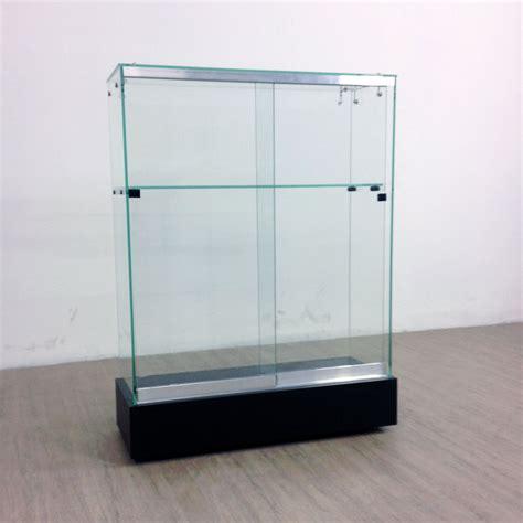 d 233 co vitrine verre conforama toulon 3817 vitrine en verre la redoute vitrine magasin en